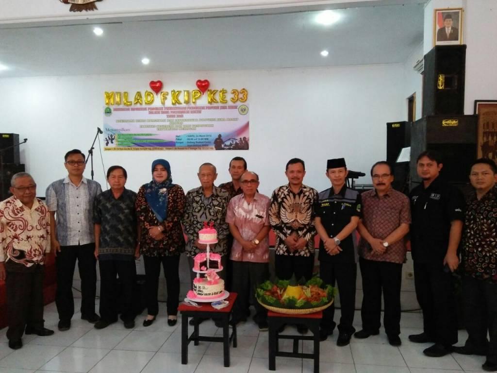 FKIP Gelar Puncak 33 Tahun Anniversary FKIP Uniku