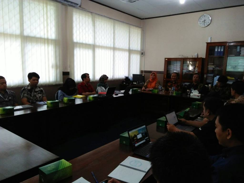 Warek I Buka Pelatihan Tata Kelola Jurnal dan Penulisan Artikel Untuk Jurnal