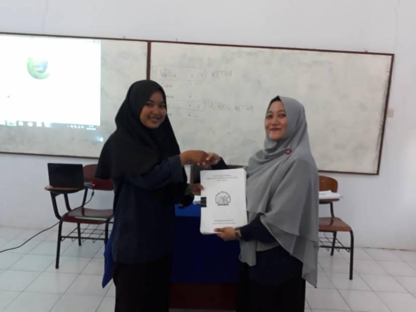 Vellia Dwi Oktanti Pimpin ForSESy 2018 – 2019