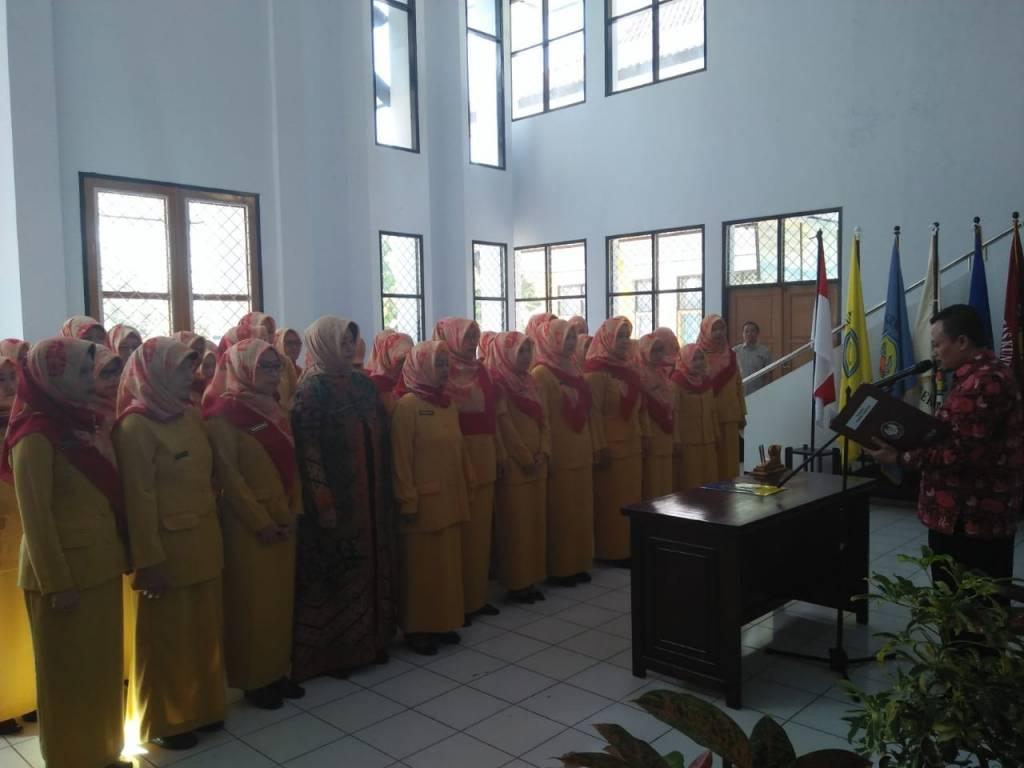 Rektor Lantik Pengurus Priskad Uniku 2018 – 2020