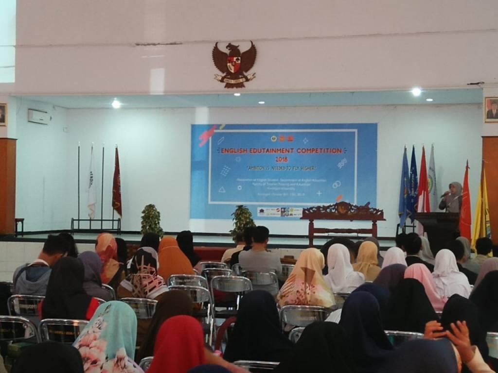 EEC 2018 Resmi Dibuka Dekan FKIP Uniku
