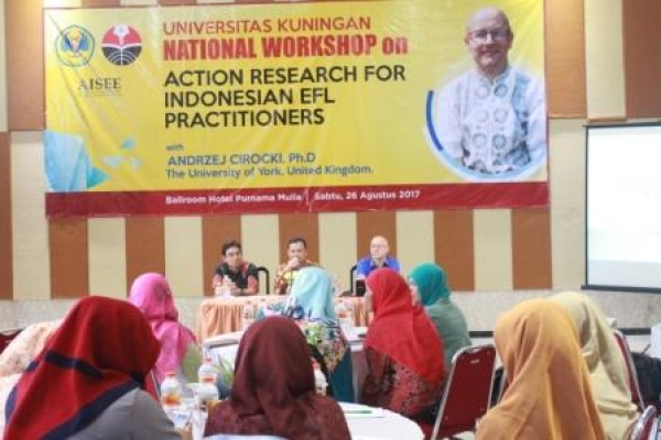 "Rektor Buka ""National Workshop on Action Research For Indonesian EFL Practitioners"""